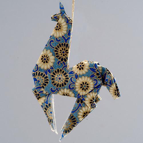 ornament_llama